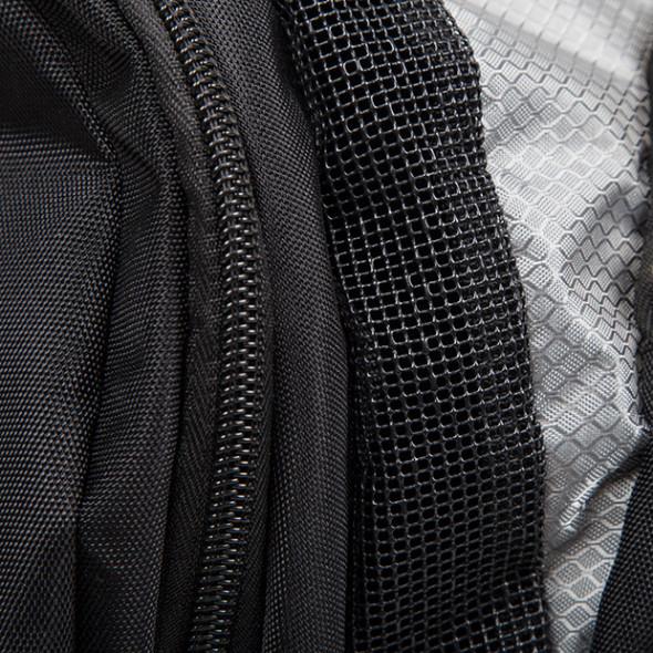 "Venum ""Trainer Lite"" Sport Bag - Black"