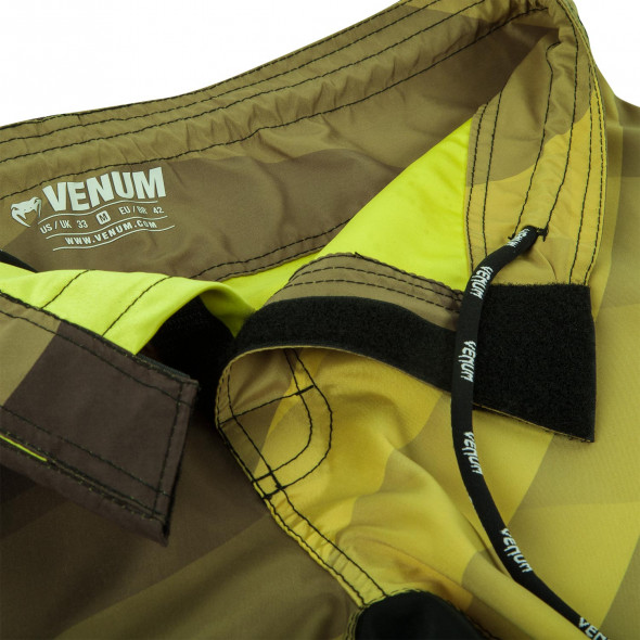 Venum Dream Fightshorts - Black