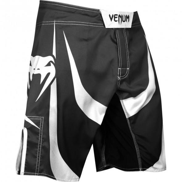 Venum Predator Fightshorts - Black/White