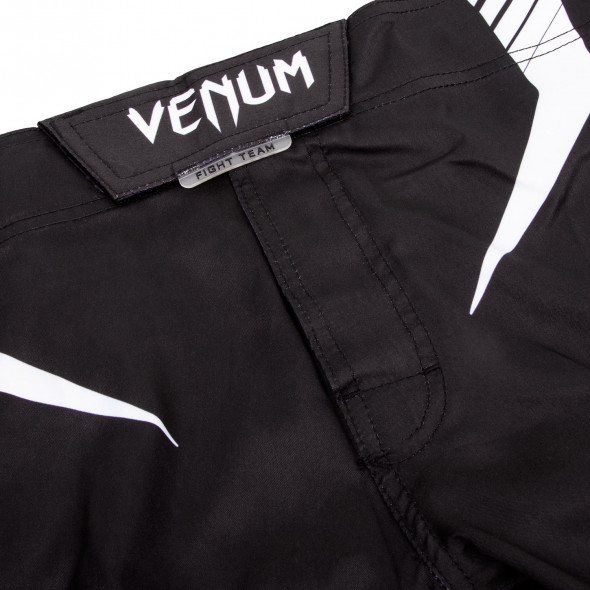 Venum Sharp 3.0 Fightshorts - Black/Red
