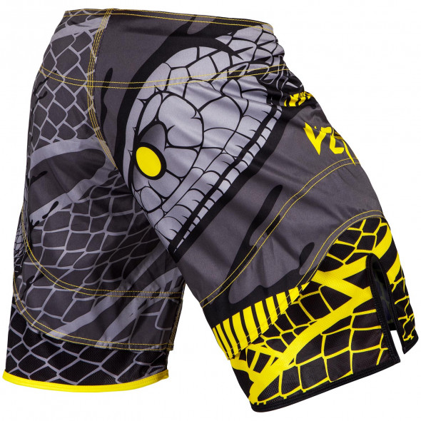 Venum Snaker Fightshorts - Black/Yellow