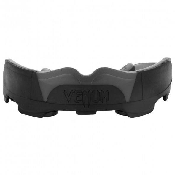 Venum Predator Mouthguard-Black/Black (114)