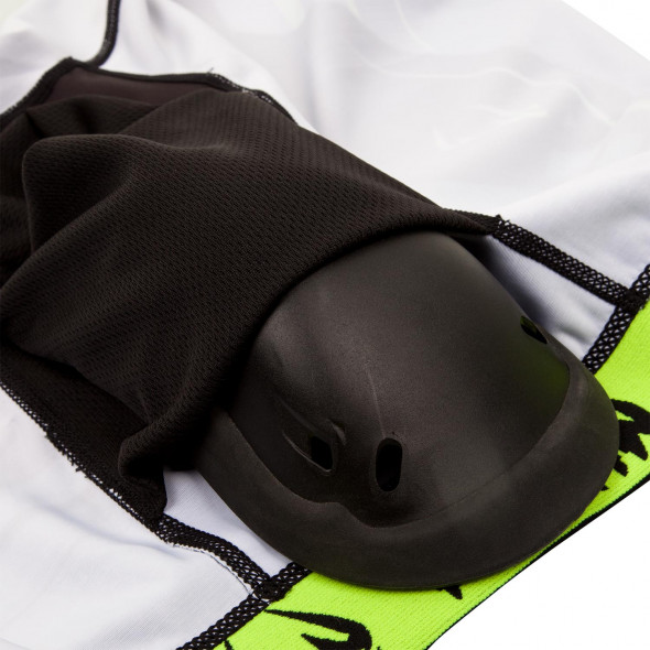 Venum Technical 2.0 Compression Shorts - Black/Yellow