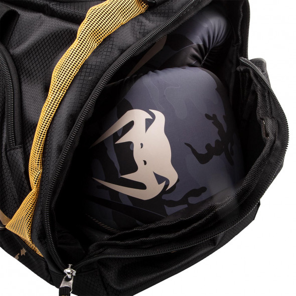 Venum Trainer Lite Sport Bag - Black/Gold